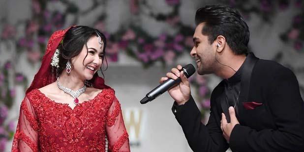Hania Aamir & Asim Azhar at FPW 2019