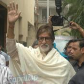 Amitabh Bachchan 71st Birthday celebration with Media