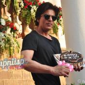 Shahrukh Khan celebrates 49th Birthday with Media & Fans