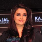 Aishwarya Rai launches L'Oreal Paris Kajal Magique