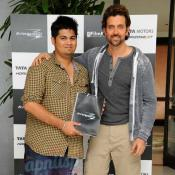 Hrithik Roshan announces the winners of TATA Manza Drive by the Extraordinary
