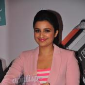 Parineeti Chopra launches Galaxy Note 3